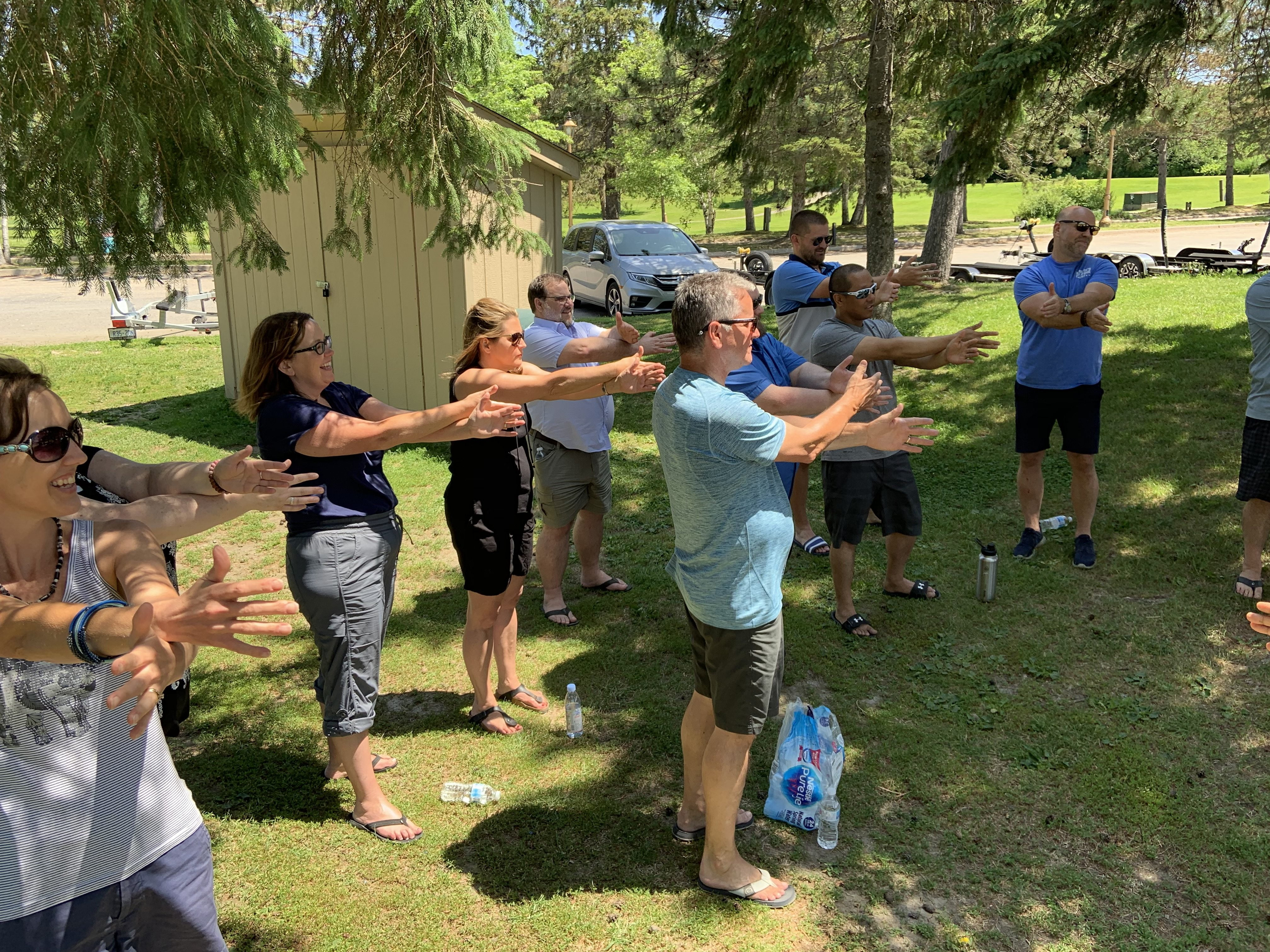 HealthHub Staff - Team Building Stretching